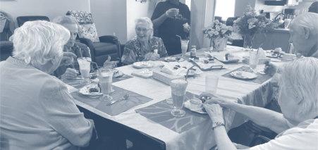 seniors eating their meal